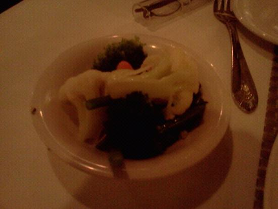 Hatfield, Pensilvania: The vegetable side, cooked perfectly, if you like crusiferous, that is.