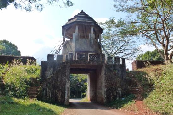 Noen Wong Fortress
