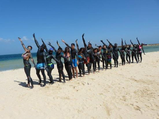 Islas costeras, Venezuela: todos con el barro hidratante