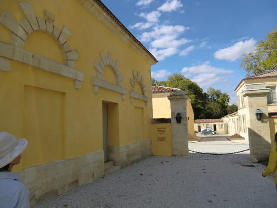 Margaux, Francia: 敷地内の建物