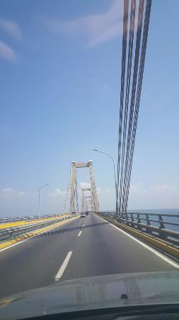 General Rafael Urdaneta Bridge : 20160109_124526_large.jpg
