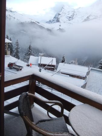 Eiger Guesthouse: Balcony of second floor room