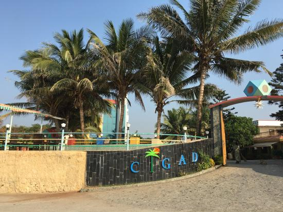 Cigad hotel and resort maharashtra hotel reviews Hotels in velankanni with swimming pool