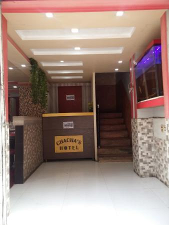 Chachas Hotel Restaurant