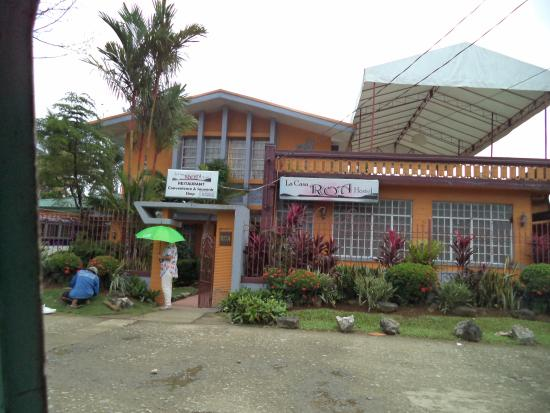 La Casa Roa Hostel