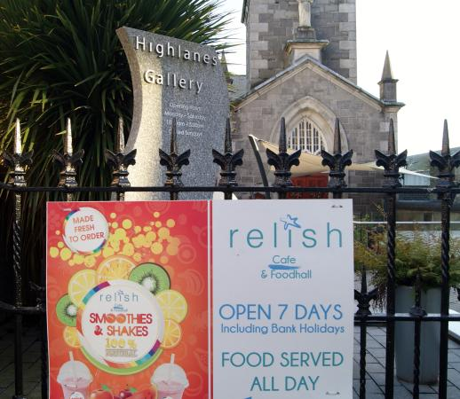 Drogheda, Irlanda: Relish Café and Highlanes Art Gallery