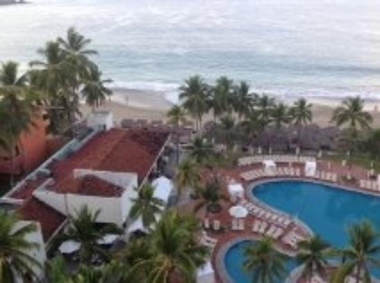 Emporio Ixtapa: Looking down on pool and cabanas