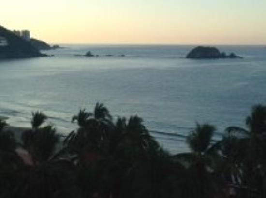 Emporio Ixtapa: View from room 815