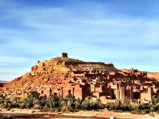 Zamzam Riad: Along the drive to the Sahara
