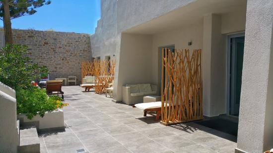 Hotel Grotta: garden