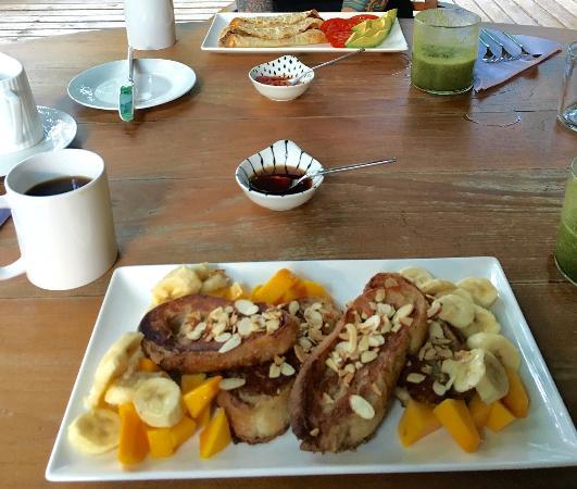 Prana Rainforest Retreat : Best breakfast ever.