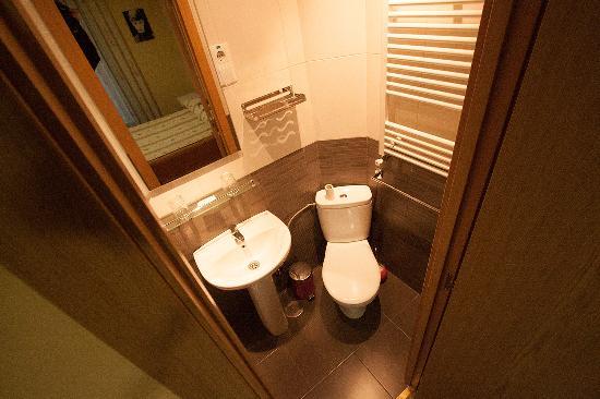 Hostal Regio : Banheiro