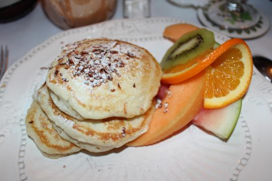 Henry Whipple House: Coconut lime pancakes