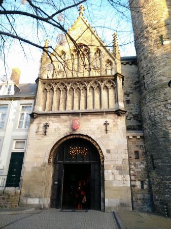 Basilica of Our Lady (Onze Lieve Vrouwebasiliek)