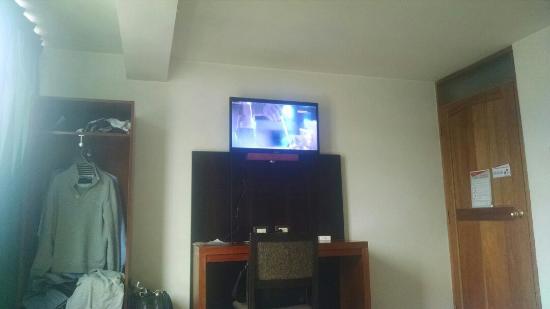 Hotel Pachacuteq: TA_IMG_20160110_114402_large.jpg