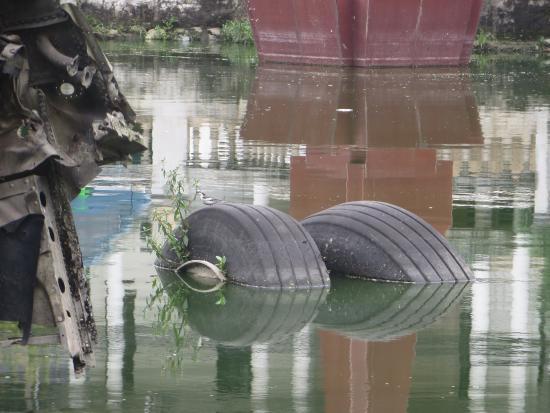 Huu Tiep Lake and the Downed B-52: B52 Tyre.