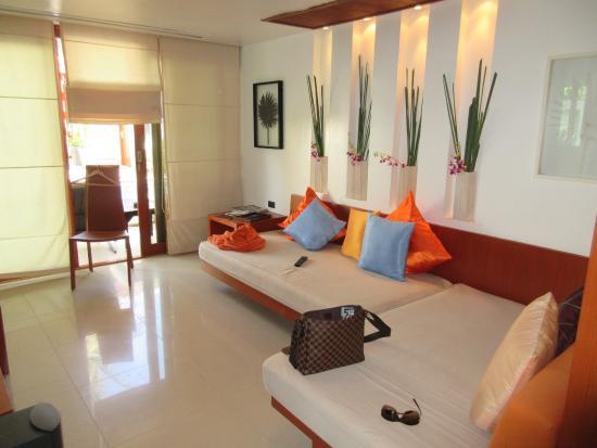 La Flora Resort Patong: スイートリビング
