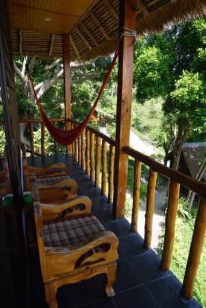 Seaview Resort and Restaurant: Outside