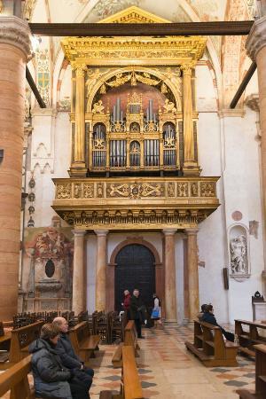 Sant'Anastasia : Organo