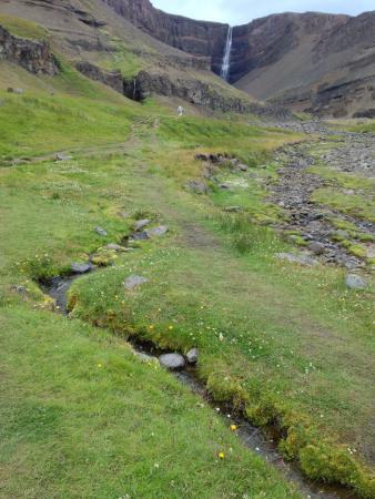 Hallormsstadur, ไอซ์แลนด์: Hengifoss 1
