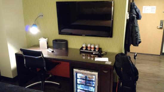 tv desk and mini bar picture of acme hotel company chicago rh tripadvisor com au