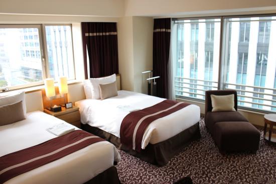 Hotel Ryumeikan Tokyo: Corner Deluxe Twin