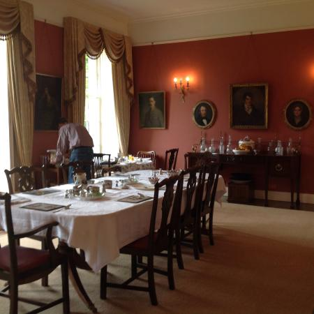 Ballyduff House: Delicious breakfast, elegantly served.