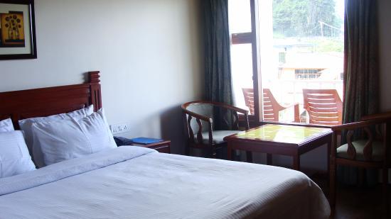 Villa Retreat: Balcony