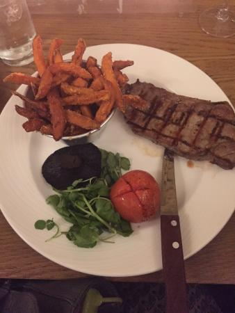 The Bullfinch: Sirloin with Sweet Potato Fries