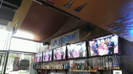 Man Cave Bar Cahuenga : The man cave los angeles restaurant reviews phone number