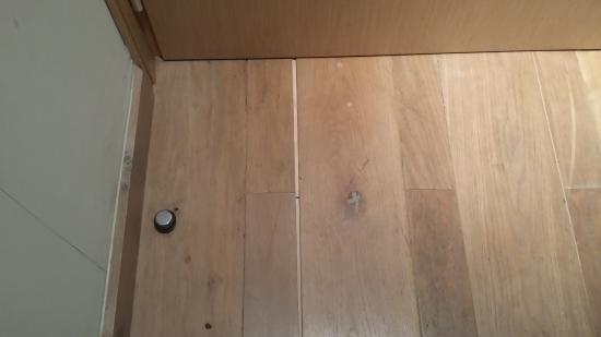Bedroom Floor Laminate Flooring In Poor Condition Picture Of