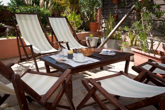 Hotel Port Helene : La terrasse