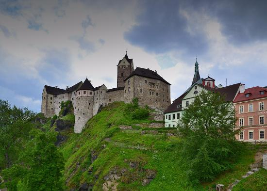 Hrad Loket: hrad