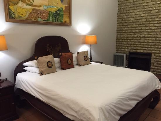 La Roca Guest House: Bedroom