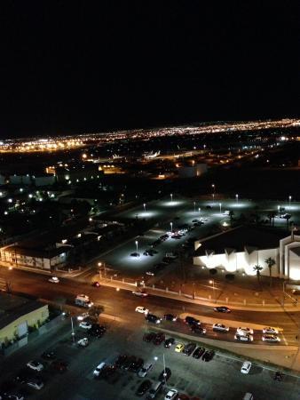 Tropicana Las Vegas - A DoubleTree by Hilton Hotel: Autre vue depuis la chambre