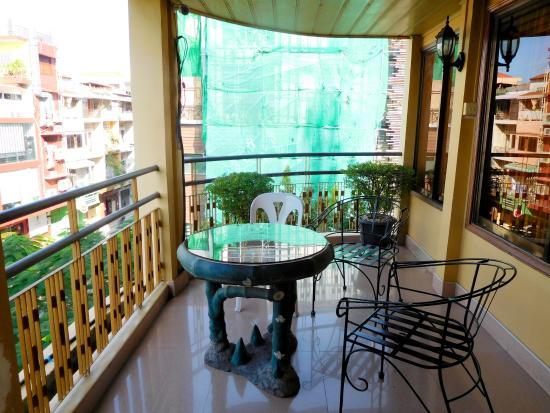 The Bright Lotus : Balcony