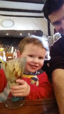 Isleham, UK: Ice cream selfie - happy toddler