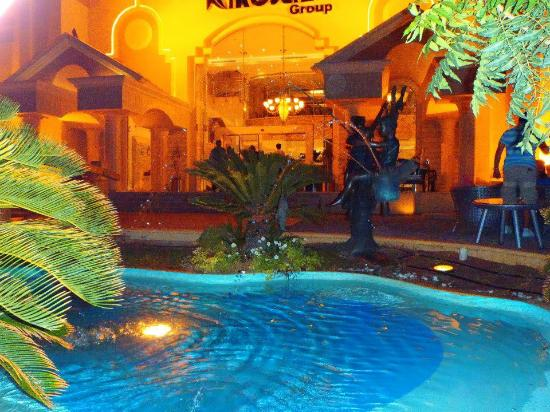 Xperience Sea Breeze Resort: Front bar