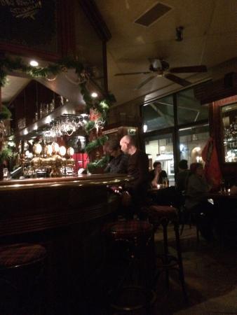 Bagpiper's Inn: photo0.jpg