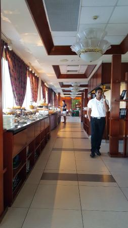 Hulhule Island: Breakfast spread average