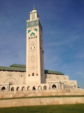 Hassan II-moskéen: Second largest mosque in the world