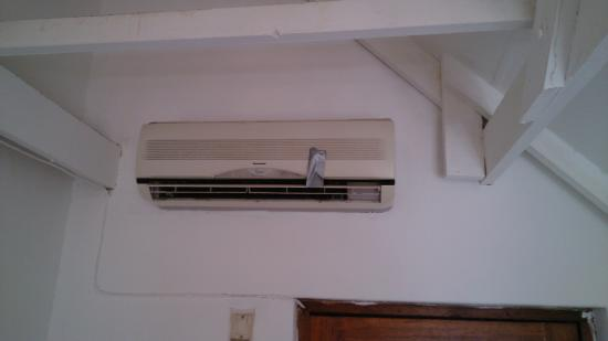 Seasands Lodge and Conference Centre: air con modell??