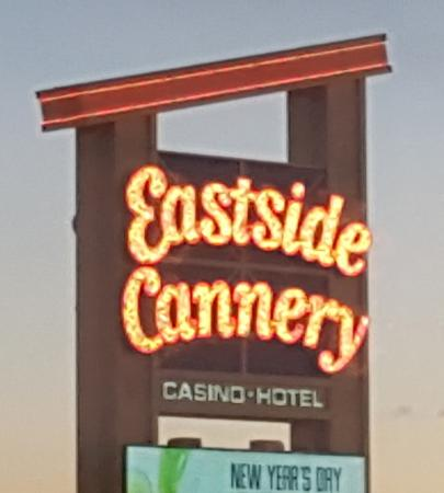 Eastside Cannery Casino & Hotel : Marquee out Front