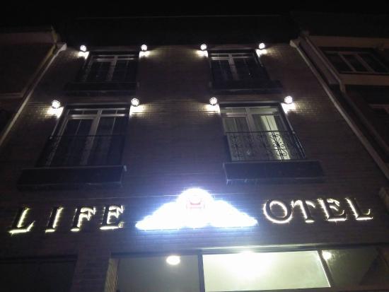Life Otel