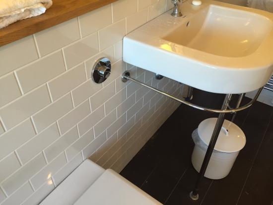 Hurley, UK: Modern bathroom