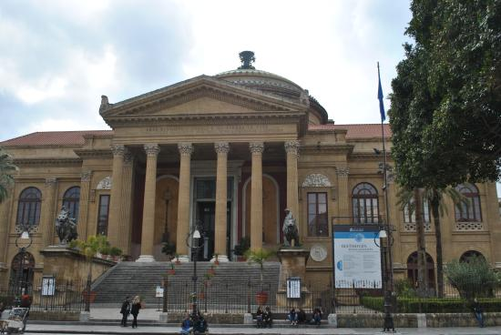 Teatro Massimo : just in front of the theater
