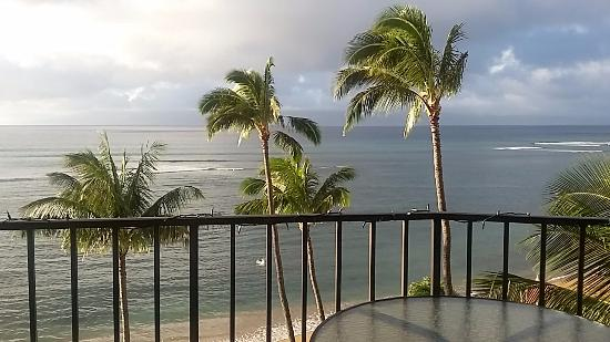 Valley Isle Resort: View straight out the lanai