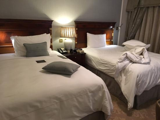 Deluxe Queen Room Picture Of The Shelbourne Dublin A Renaissance Hotel Dublin Tripadvisor