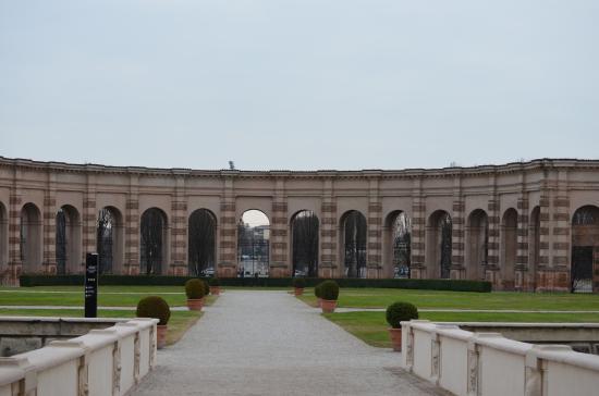 Giardini di palazzo te foto di palazzo te mantova - I giardini del te ...
