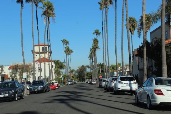 Seal Beach, CA: Rua de acesso à beira mar